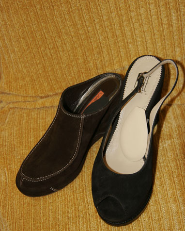 Clogs with Instant Arches