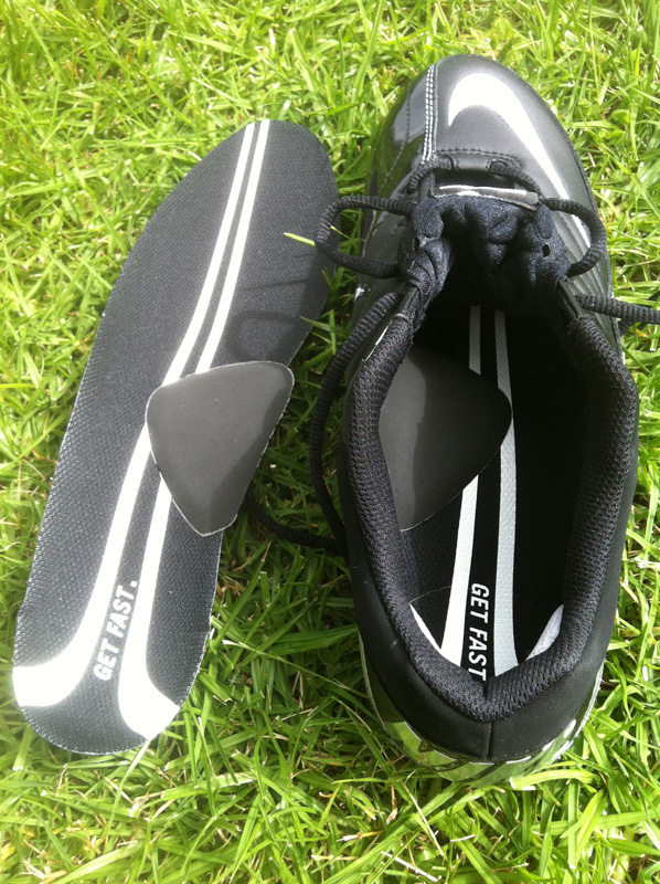 Black Arch Supports in Cleats
